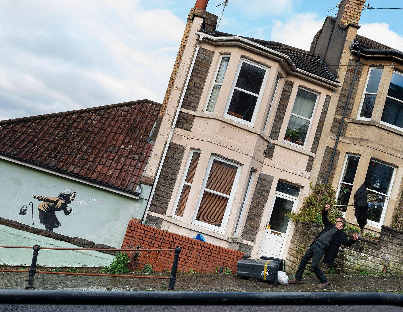 """Aachoo!!"" in Bristol: The Anonymous Artist Banksy Rises Again"